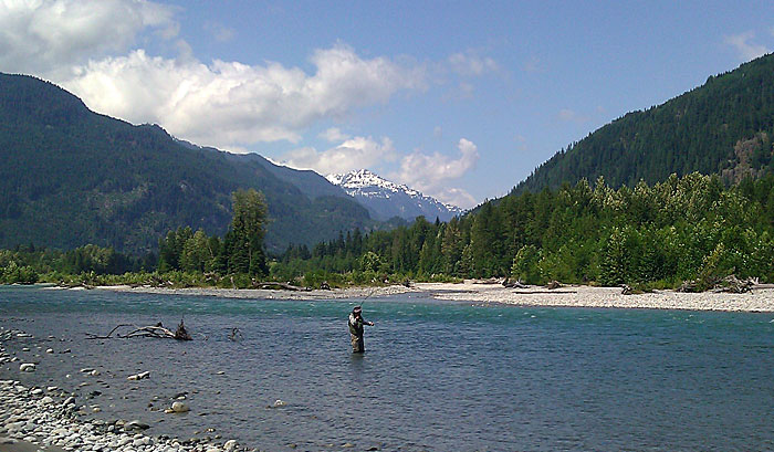 Fly fishing great river fishing adventures for Fly fishing british columbia